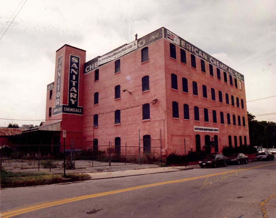 Photo of the American Chemical Company Building in downtown Roanoke